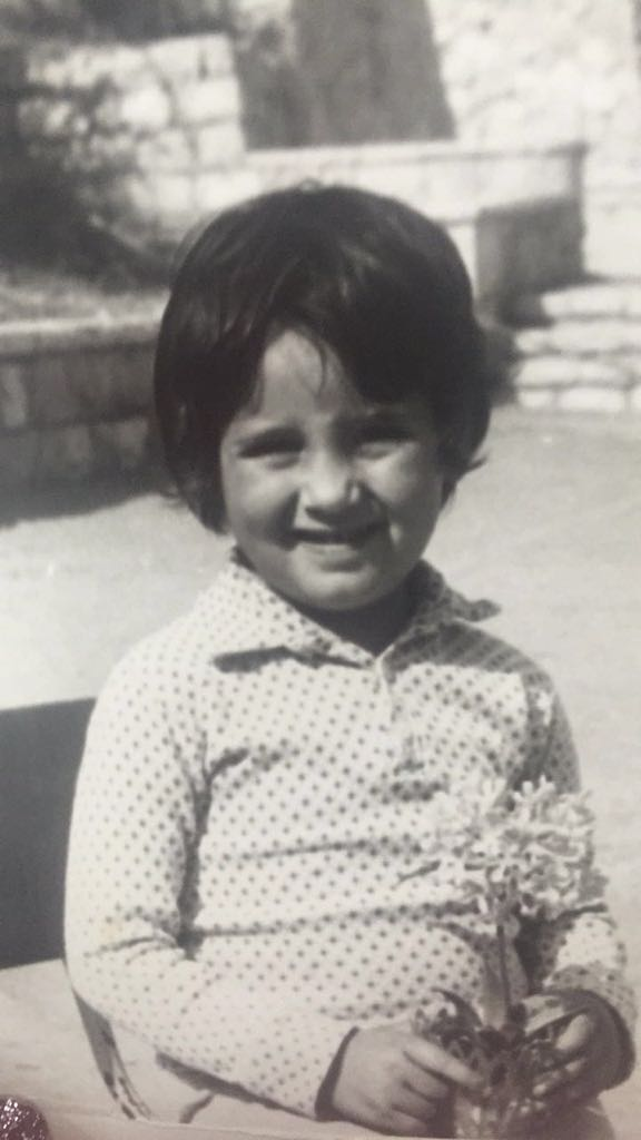 אין לי תמונות מימי הולדת מהילדות, אז בואו נדמיין שזאת מיום הולדת 3. טוב?